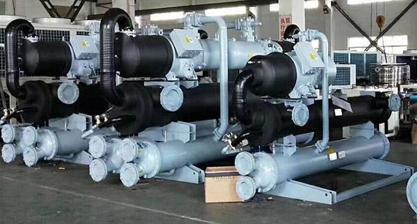 工业冷水机的工作原理